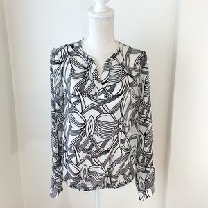 NWT The Limited Black & White Print Blouse M {SF}